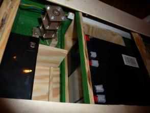 als Stromversorgung werden 2x6V-12Ah und 4x12V-7Ah eingebaut